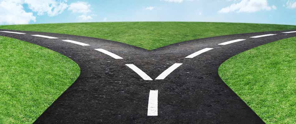 Divided road - ents Managing the Complex Product Spin-Off