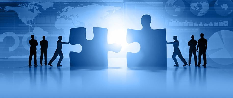 People fitting puzzle pieces - How CPQ Helps Facilitates Product Acquisitions