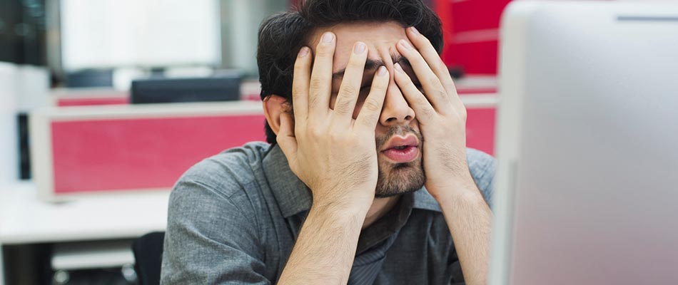 Frustrated salesperson - 7 Ways to Blow Sales Proposals and Lose Potential Customers